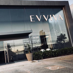 Evviva inaugura novo showroom